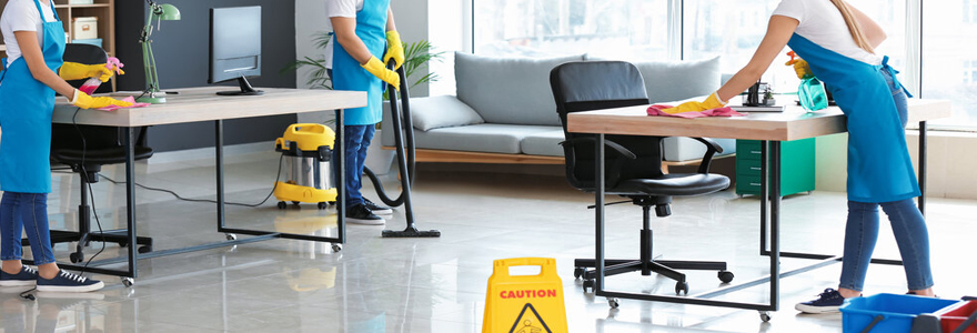 bons matériels de nettoyage